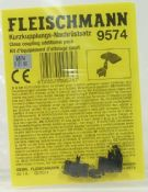 Fleischmann 9574 Close coupling assembly - reduced